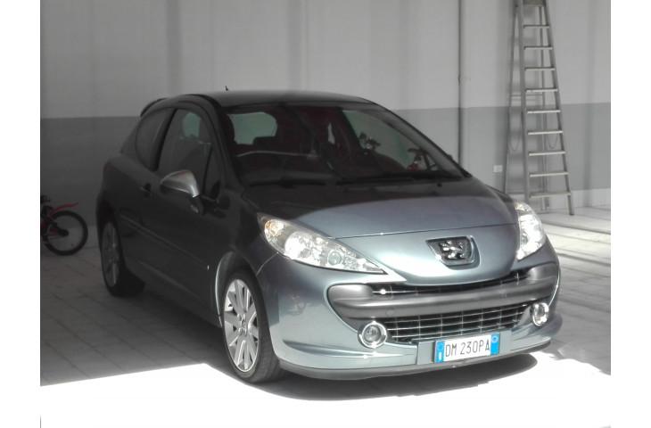 Peugeot 207 feline 110 cv
