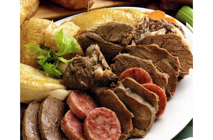 Giovedi 1 novembre pranzo e cena con bolliti misti